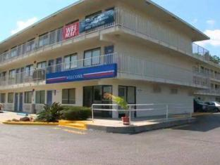 /de-de/motel-6-mobile-west-tillmans-corner/hotel/mobile-al-us.html?asq=jGXBHFvRg5Z51Emf%2fbXG4w%3d%3d