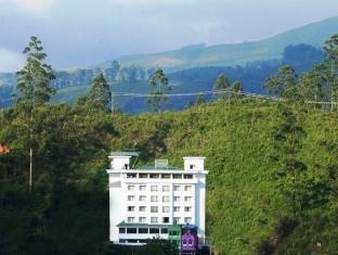 /cs-cz/clouds-valley-leisure-hotel/hotel/munnar-in.html?asq=jGXBHFvRg5Z51Emf%2fbXG4w%3d%3d
