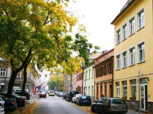 /da-dk/freddie-next-to-mercury-hotel/hotel/bratislava-sk.html?asq=jGXBHFvRg5Z51Emf%2fbXG4w%3d%3d