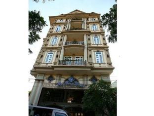 Ho Phong Hotel