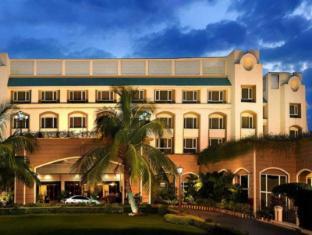 Fortune Landmark Indore Hotel