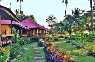 /ja-jp/libong-relax-beach-resort/hotel/trang-th.html?asq=jGXBHFvRg5Z51Emf%2fbXG4w%3d%3d