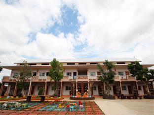 /cs-cz/montharntham-resort-ruknailuang/hotel/mae-suai-wiang-pa-pao-chiang-rai-th.html?asq=jGXBHFvRg5Z51Emf%2fbXG4w%3d%3d