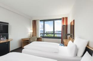 /de-de/nh-dusseldorf-city/hotel/dusseldorf-de.html?asq=jGXBHFvRg5Z51Emf%2fbXG4w%3d%3d