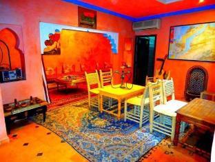 /id-id/hostel-kif-kif/hotel/marrakech-ma.html?asq=jGXBHFvRg5Z51Emf%2fbXG4w%3d%3d