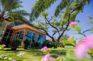 /ja-jp/baansuan-khunta-golf-resort/hotel/ubon-ratchathani-th.html?asq=jGXBHFvRg5Z51Emf%2fbXG4w%3d%3d