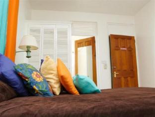 /ca-es/castle-comfort-lodge/hotel/roseau-dm.html?asq=jGXBHFvRg5Z51Emf%2fbXG4w%3d%3d