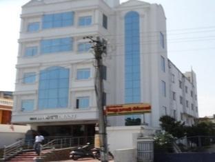 /de-de/hotel-jothimani/hotel/pondicherry-in.html?asq=jGXBHFvRg5Z51Emf%2fbXG4w%3d%3d
