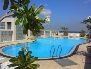 Hedgers Court Residencies - Otium Apartments