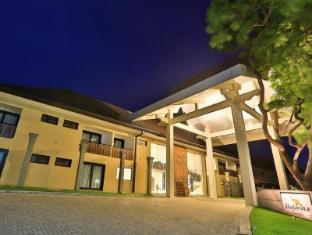/bg-bg/rajarata-hotel/hotel/anuradhapura-lk.html?asq=jGXBHFvRg5Z51Emf%2fbXG4w%3d%3d