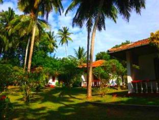 /bg-bg/rocky-point-beach-bungalows/hotel/tangalle-lk.html?asq=jGXBHFvRg5Z51Emf%2fbXG4w%3d%3d