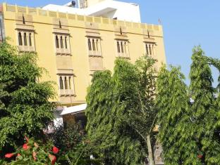 /da-dk/vanraj-palace/hotel/ranthambore-in.html?asq=jGXBHFvRg5Z51Emf%2fbXG4w%3d%3d