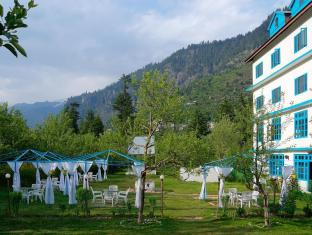 Treebo Celebriti Hotel
