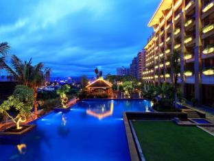 Four Season Ocean Courtyard Hotel