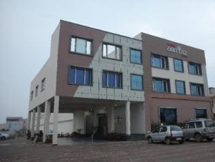 /cs-cz/hotel-adityaz/hotel/gwalior-in.html?asq=jGXBHFvRg5Z51Emf%2fbXG4w%3d%3d