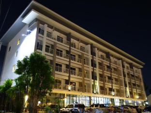 /ja-jp/u-place-korat/hotel/nakhonratchasima-th.html?asq=jGXBHFvRg5Z51Emf%2fbXG4w%3d%3d
