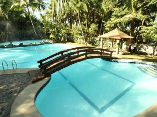 /cs-cz/villa-soledad-beach-resort/hotel/bolinao-ph.html?asq=jGXBHFvRg5Z51Emf%2fbXG4w%3d%3d