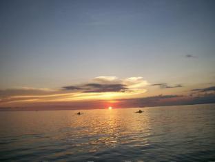 /bg-bg/toris-backpackers-paradise/hotel/siquijor-island-ph.html?asq=jGXBHFvRg5Z51Emf%2fbXG4w%3d%3d