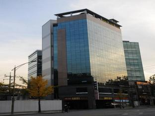Sinyoung Well City Hotel