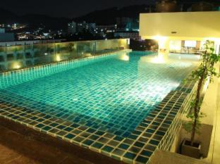 /th-th/hemingways-silk-hotel/hotel/phuket-th.html?asq=jGXBHFvRg5Z51Emf%2fbXG4w%3d%3d
