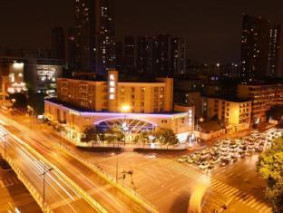 /ar-ae/leeden-hotel-chengdu/hotel/chengdu-cn.html?asq=jGXBHFvRg5Z51Emf%2fbXG4w%3d%3d