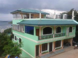 /id-id/divine-castle-travelers-inn/hotel/palawan-ph.html?asq=jGXBHFvRg5Z51Emf%2fbXG4w%3d%3d