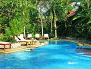 Baan Klang Aow Beach Resort