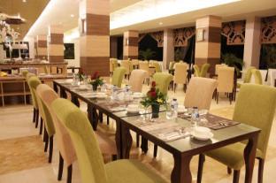 /id-id/syariah-hotel-solo/hotel/solo-surakarta-id.html?asq=jGXBHFvRg5Z51Emf%2fbXG4w%3d%3d
