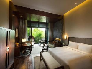 Doubletree Resort by Hilton Hainan Qixianling Hot Spring