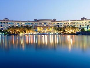 /ar-ae/al-raha-beach-hotel/hotel/abu-dhabi-ae.html?asq=jGXBHFvRg5Z51Emf%2fbXG4w%3d%3d