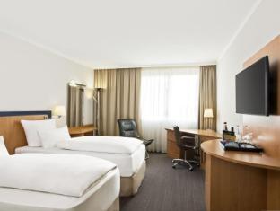 /hi-in/nh-frankfurt-airport-west/hotel/raunheim-de.html?asq=jGXBHFvRg5Z51Emf%2fbXG4w%3d%3d