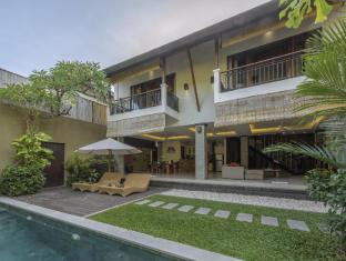 The Kumpi Villas