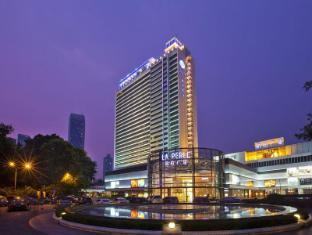 /hi-in/baiyun-hotel/hotel/guangzhou-cn.html?asq=jGXBHFvRg5Z51Emf%2fbXG4w%3d%3d