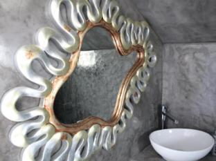 /bg-bg/odysseys-house/hotel/santorini-gr.html?asq=jGXBHFvRg5Z51Emf%2fbXG4w%3d%3d