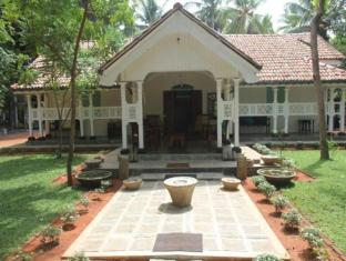 Cadjan Sacred Hotel