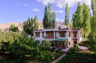 /de-de/niri-la-ladakh-guest-house/hotel/leh-in.html?asq=jGXBHFvRg5Z51Emf%2fbXG4w%3d%3d