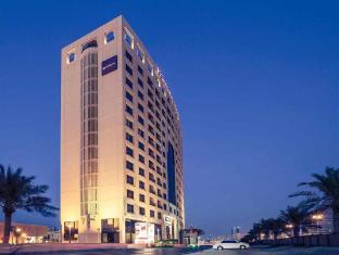Mercure Grand Hotel Seef Hotel