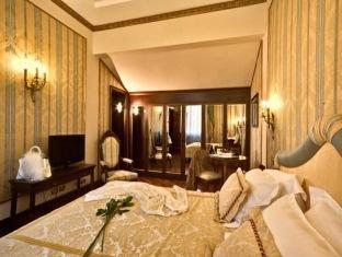 /en-sg/due-torri-hotel/hotel/verona-it.html?asq=jGXBHFvRg5Z51Emf%2fbXG4w%3d%3d