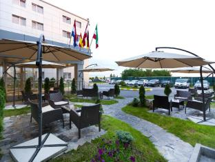 /et-ee/rin-airport-hotel/hotel/bucharest-ro.html?asq=jGXBHFvRg5Z51Emf%2fbXG4w%3d%3d