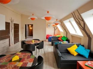 /de-de/central-street-hostel/hotel/saint-petersburg-ru.html?asq=jGXBHFvRg5Z51Emf%2fbXG4w%3d%3d