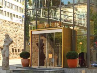 /en-sg/du-theatre-hotel-by-fassbind/hotel/zurich-ch.html?asq=jGXBHFvRg5Z51Emf%2fbXG4w%3d%3d