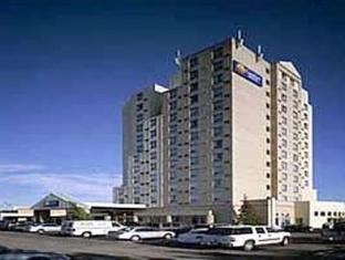 /nb-no/comfort-hotel-airport-north-toronto/hotel/toronto-on-ca.html?asq=jGXBHFvRg5Z51Emf%2fbXG4w%3d%3d