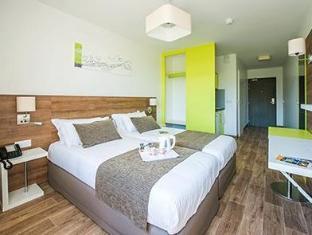 /de-de/comfort-suites-universites-grenoble-est-saint-martin-dheres/hotel/saint-martin-d-heres-fr.html?asq=jGXBHFvRg5Z51Emf%2fbXG4w%3d%3d