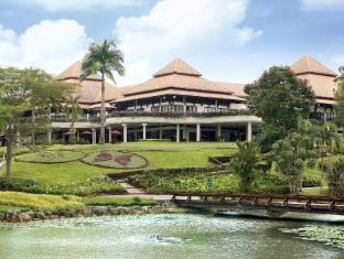 /sv-se/le-grandeur-palm-resort-johor/hotel/johor-bahru-my.html?asq=jGXBHFvRg5Z51Emf%2fbXG4w%3d%3d