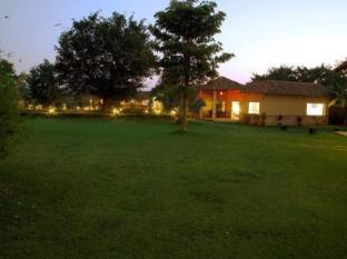 /de-de/soulacia-hotel-resort/hotel/kanha-in.html?asq=jGXBHFvRg5Z51Emf%2fbXG4w%3d%3d