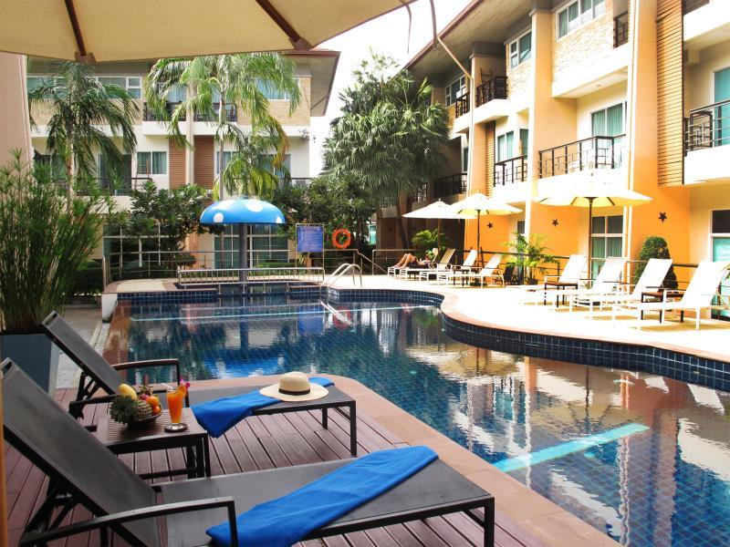 Hotel Murah di Kata Phuket - Wonderful Pool Guesthouse at Kata