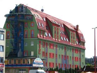 Polus Hotel