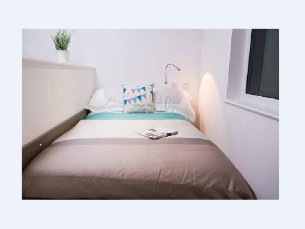 Edinburgh Room Rentals - The Haymarket Apartments Edinburgh