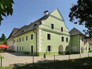 /de-de/gold/hotel/cesky-krumlov-cz.html?asq=jGXBHFvRg5Z51Emf%2fbXG4w%3d%3d