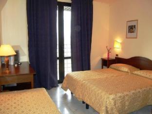 /ca-es/hotel-albatros/hotel/calenzano-it.html?asq=jGXBHFvRg5Z51Emf%2fbXG4w%3d%3d